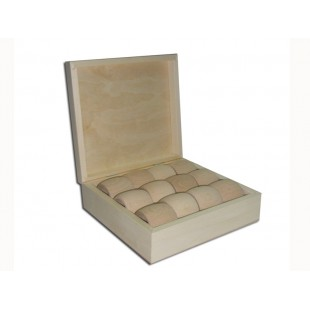 Krabičky s 12 obrúčkami na servítky