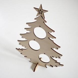 Stojaca ozdoba - vianočný stromček s otvormi na ozdoby